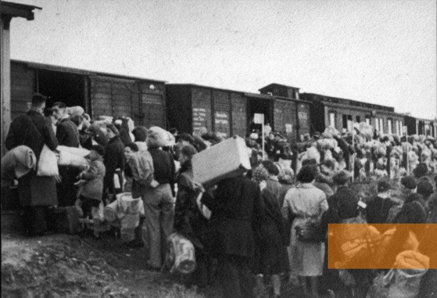 nazi-boxcars
