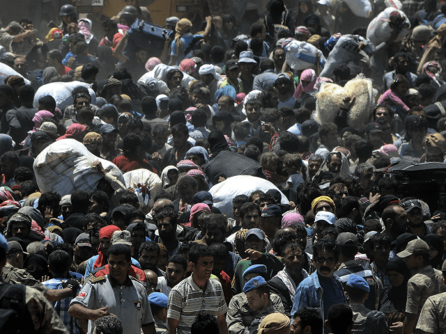 Migrants-waiting-to-leave-Turkey