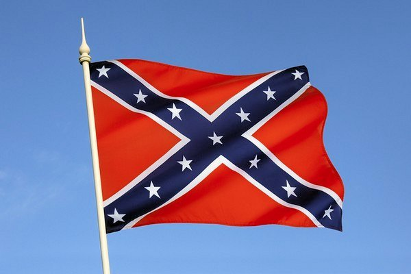 is the confederate flag a symbol The confederate flag, best known as a symbol of white supremacy during the civil war, was also a symbol of state resistance to human rights and democracy during the modern civil rights movement.