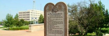 oklahoma_ten_commandments_statue