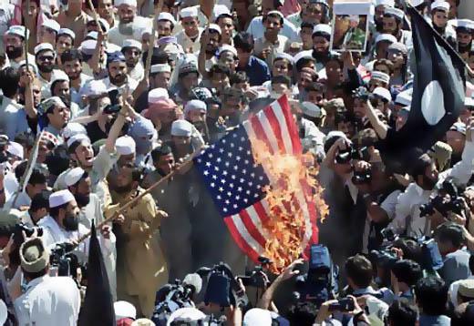 muslims_burning_american_flag