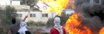 isr_stabbing_arabs_burn_flag