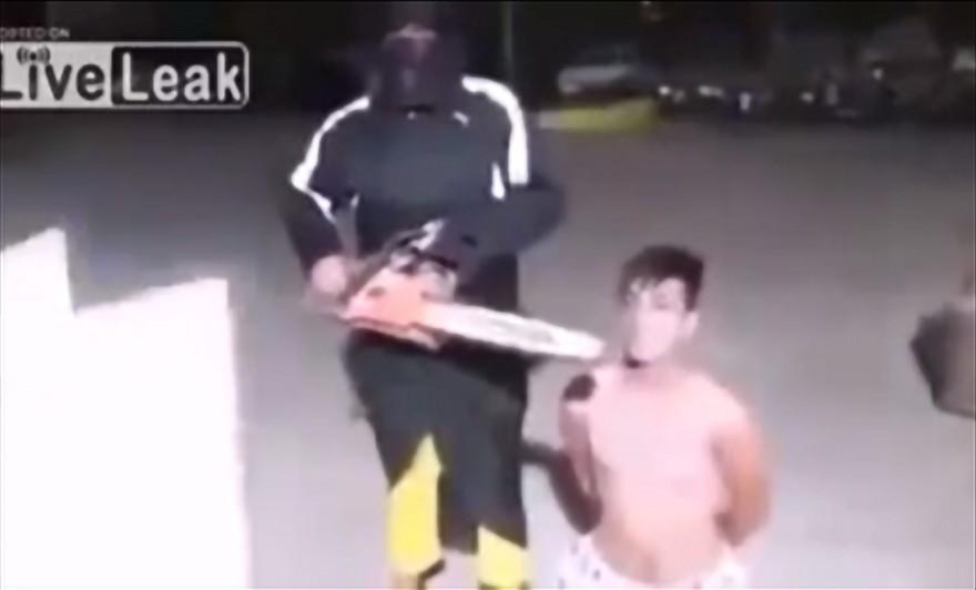 isis_muslim_murder_chainsaw